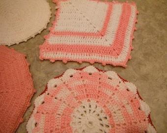 Set of 4 Vintage Crochet Potholders