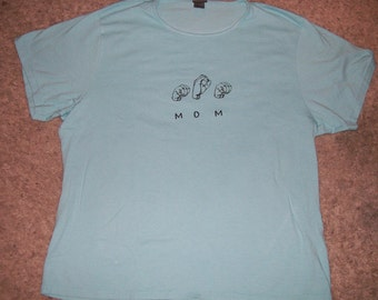 ASL Fingerspelled MOM with  English  screen printed tshirt available in different sizes and colors