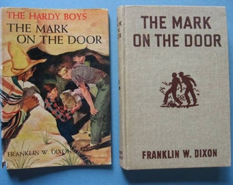 Vintage Hardy Boys Mystery - The Mark On The Door  #13 - Great Dustjacket