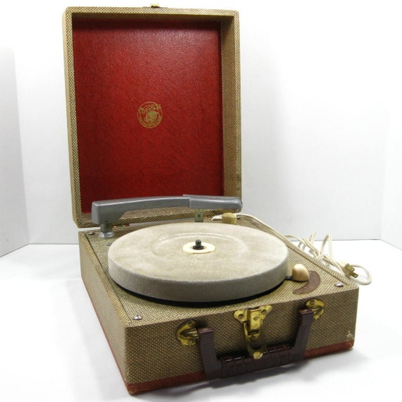 Portable Record Player Turntable ... quite a handsome fellow
