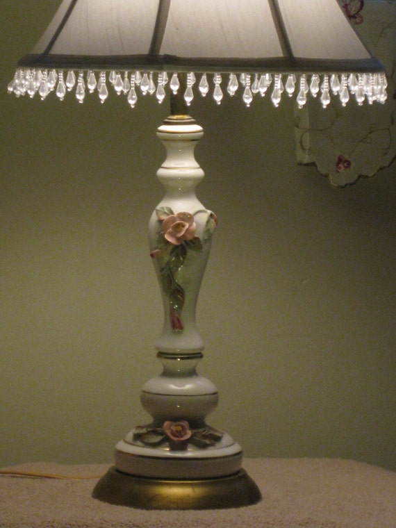 Sale 50 Off Vintage Shabby Chic Roses Lamp Capodimonte Style