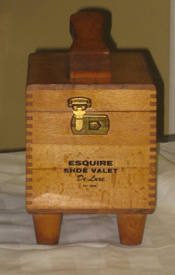 Esquire Shoe Valet Deluxe Shoe Shine Box By Maggiemaevintage