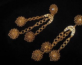 Iridescent Daisy Dangle Earrings