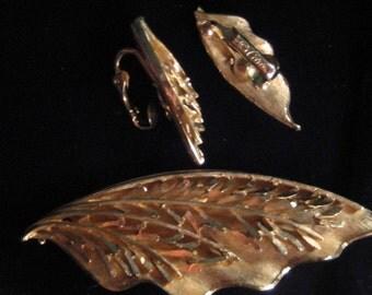 Seventies, Eighties Coro brooch and clip earrings