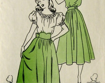 40s Dress Vintage Sewing Pattern - Petite Womens Figure Flattering Dress with Full Skirt, Hollywood 244, Size 11, Bust 29