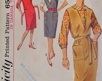 60s Vintage Simplicity 5067 V Necked Jumper Dress and Blouse Bust 34 Classic Style