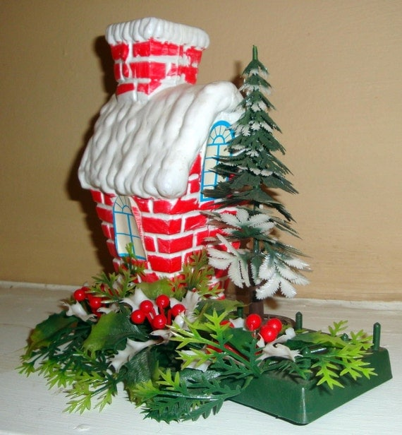 Vintage Christmas Cottage Decoration Red White
