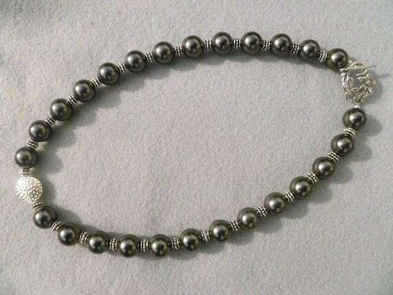 An Evening Affair - Dark Grey Pearl Necklace