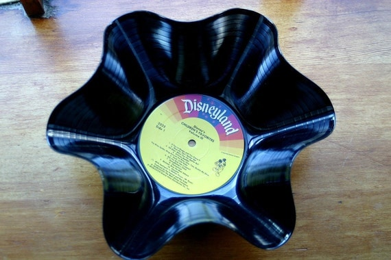 Genuine Vintage 33rpm Upcycled LP Record Bowl featuring Disney Children's Favorites .....Beautiful Disneyland Colorful Rainbow Label
