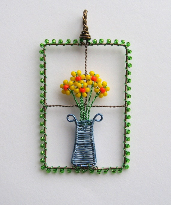 Flowers In The Window wire wrapped pendant with vase of daffodils