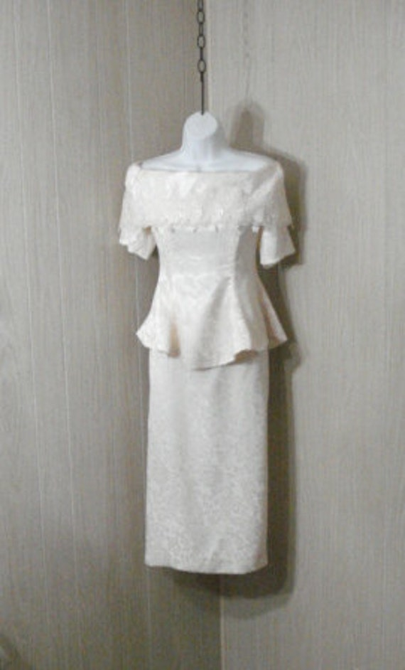 Beautiful Off White Cream Satin and Lace WEDDING Dress Outfit Skirt Top SM