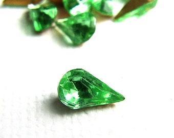 Bulk Lot - Vintage Pear Glass Jewel Rhinestones Peridot Green 8x4mm (144)