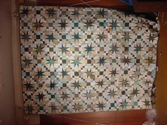 Queen size Bed Quilt Green Star 107