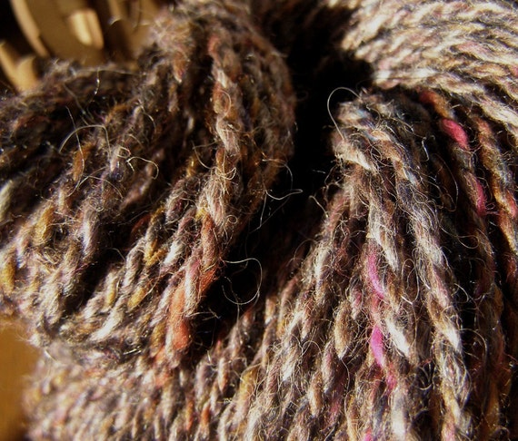 DUSKY QUARTZ - Handspun Wool Yarn - 90 yds, Worsted/Sport