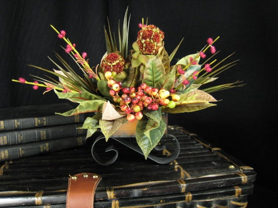 Red Pom Pom and Berry Floral Arrangement Centerpiece