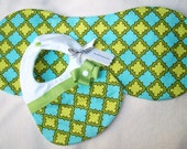 Divababies-Blue and Green Geo Print Contoured Burp Cloth and Matching Diva Bib w/ Lime Green Ribbon and Bow-LAST SET
