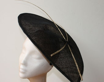 Spotty Quill Saucer Fascinator