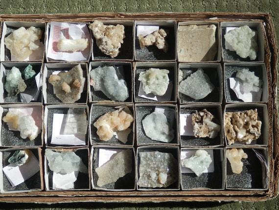 flat of rocks and minerals  calcite heulandite stilbite  apophyllite bowtie