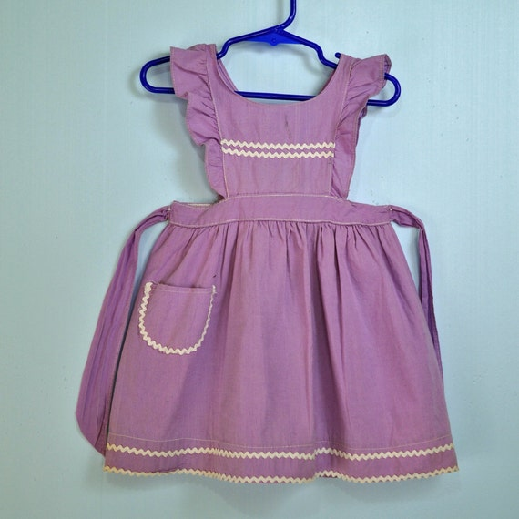 40s little GIRLS PINAFORE dress w/ ruffle butterfly sleeves Toddler sun dress w/ full skirt & rick rack trims SIZE 2T 3T