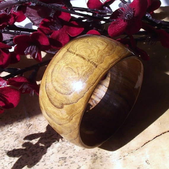 Wooden Bangle Bracelet - Eco-friendly Ohio Redbud Wood Wide Bangle Bracelet (Size S)
