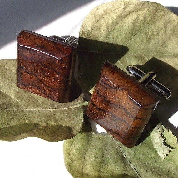 Wood Cuff Links Handmade from Kiatt Wood - Cufflinks - Perfect for the Groom or as a Gift - 3/4 inch Diameter