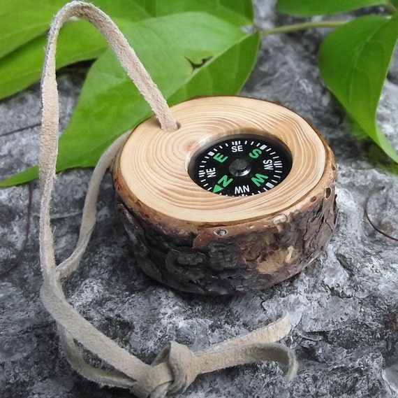 Pocket Compass in Wood - Handmade Reclaimed Spruce Wood Tree Branch - Pocket Survival for Hiking, Camping, or Gift for the Nature Lover