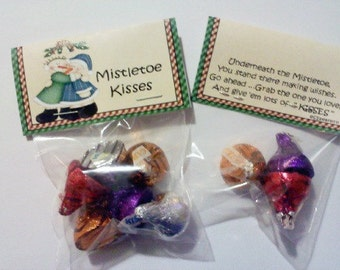 200 Mistletoe Kisses Bag Toppers