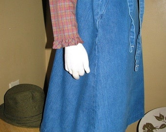 Vintage Denim Jean Skirt Wrap Around and Tie  by Wrangler tagged size 7/8 - Fall Winter Fashion