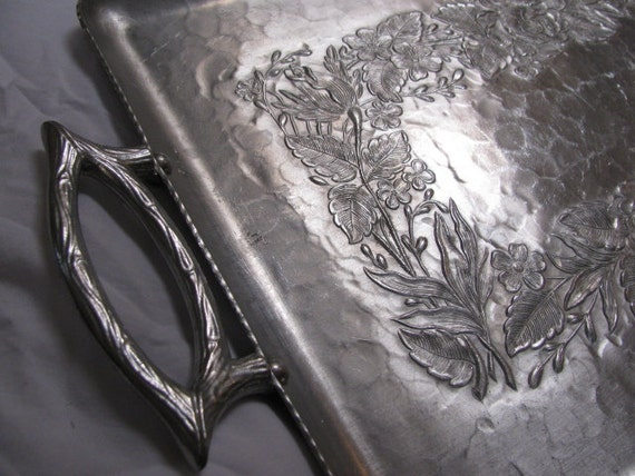 Vintage Serving Tray circa 60s Large Hammered or Forged Alluminum Floral Pattern