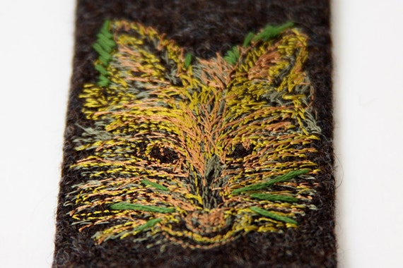 Men's skinny Green and yellow fox hand embroidered tie