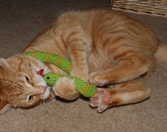 FREE SHIPPING 3 Certified Organic Catnip Cat Toy Snake, hand-crochet, high quality wool/bamboo yarn.