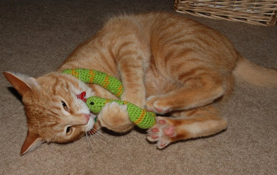 FREE SHIPPING 3 Certified Organic Catnip Cat Toy Snake, hand-crochet, high quality wool/bamboo yarn.