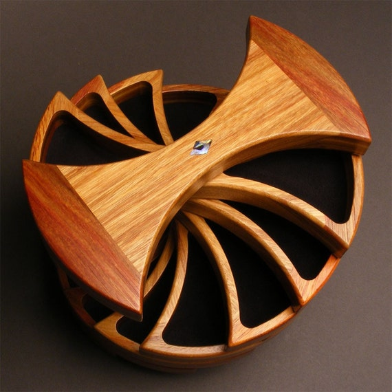 The Helical Box, Canarywood