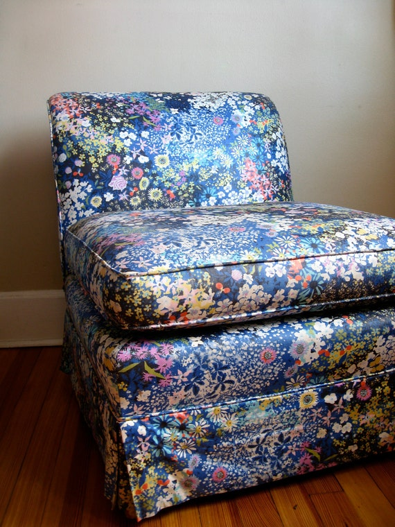 RESERVED for ariane.  Vintage Floral Chair.  PICKUP or DELIVERY only.