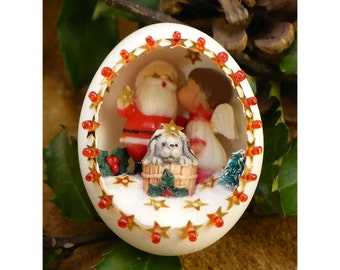 Angel Kissing Santa Egg Decoration - Handmade Christmas Diorama Egg Ornament