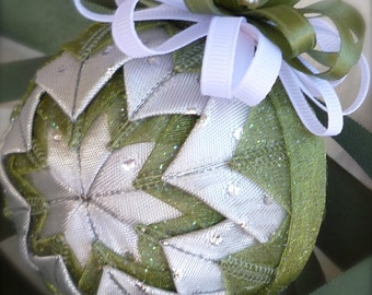 Forest Enchantment Green Quilted Ribbon Ornament