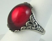 RED Vampire Kiss Ring Gothic Vintage Glass Ring Antique Silver Adjustable Cocktail Ring