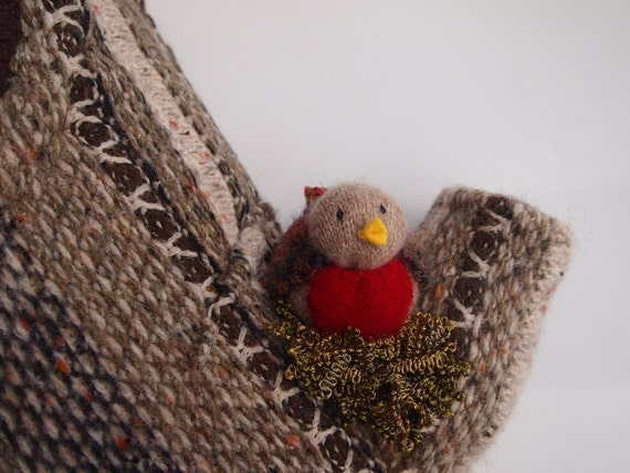 Tree pillow little bird perch