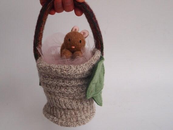 Easter basket, waldorf, wool