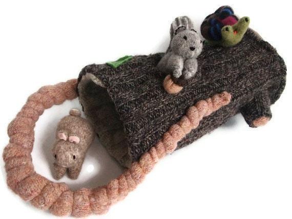 Toy Bag, hollow log playzone