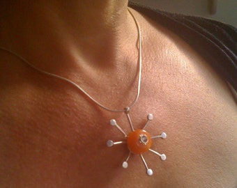 Necklace schining
