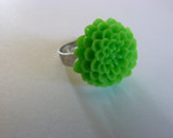 Lime green dahlia ring