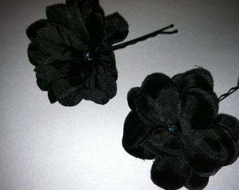 2  black flower bobby pins