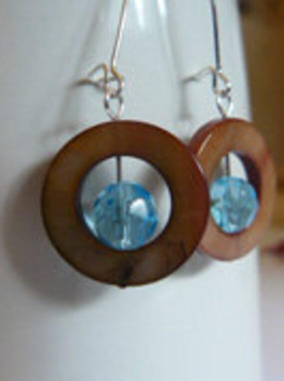 Brown mother of pearl earrings