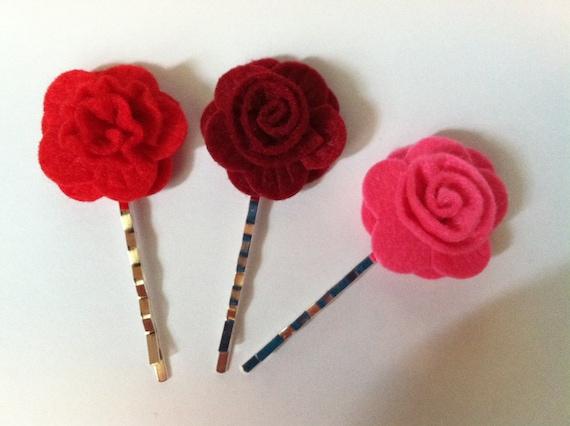 3 felt flower bobby pins
