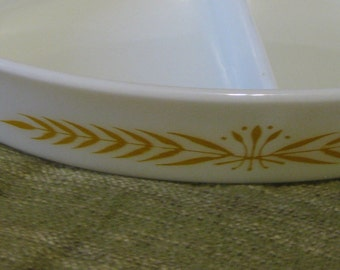 Vintage Pyrex Promotional Royal Wheat Cinderella Divided Serving Casserole Dish  No. 61