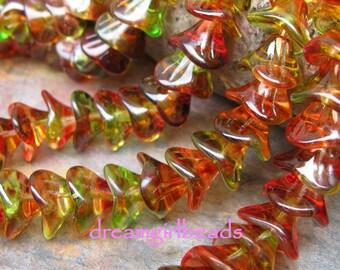 Czech Flower Beads 10\/12mm, Peach\/Pear