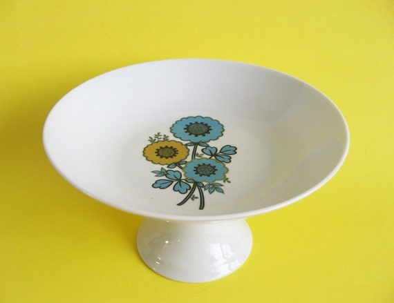 MOD Danish Footed Floral Plate