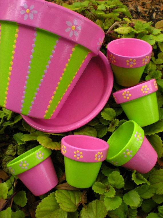 Wedding favors hand painted flower pots with paisley design