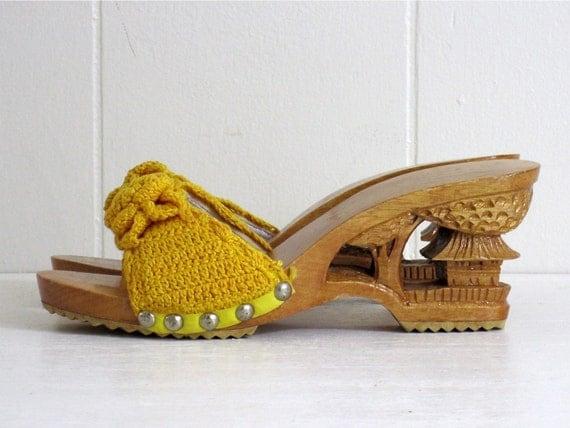 Vintage 70's Mustard Crochet Nailed Carved Wood Platforms 7